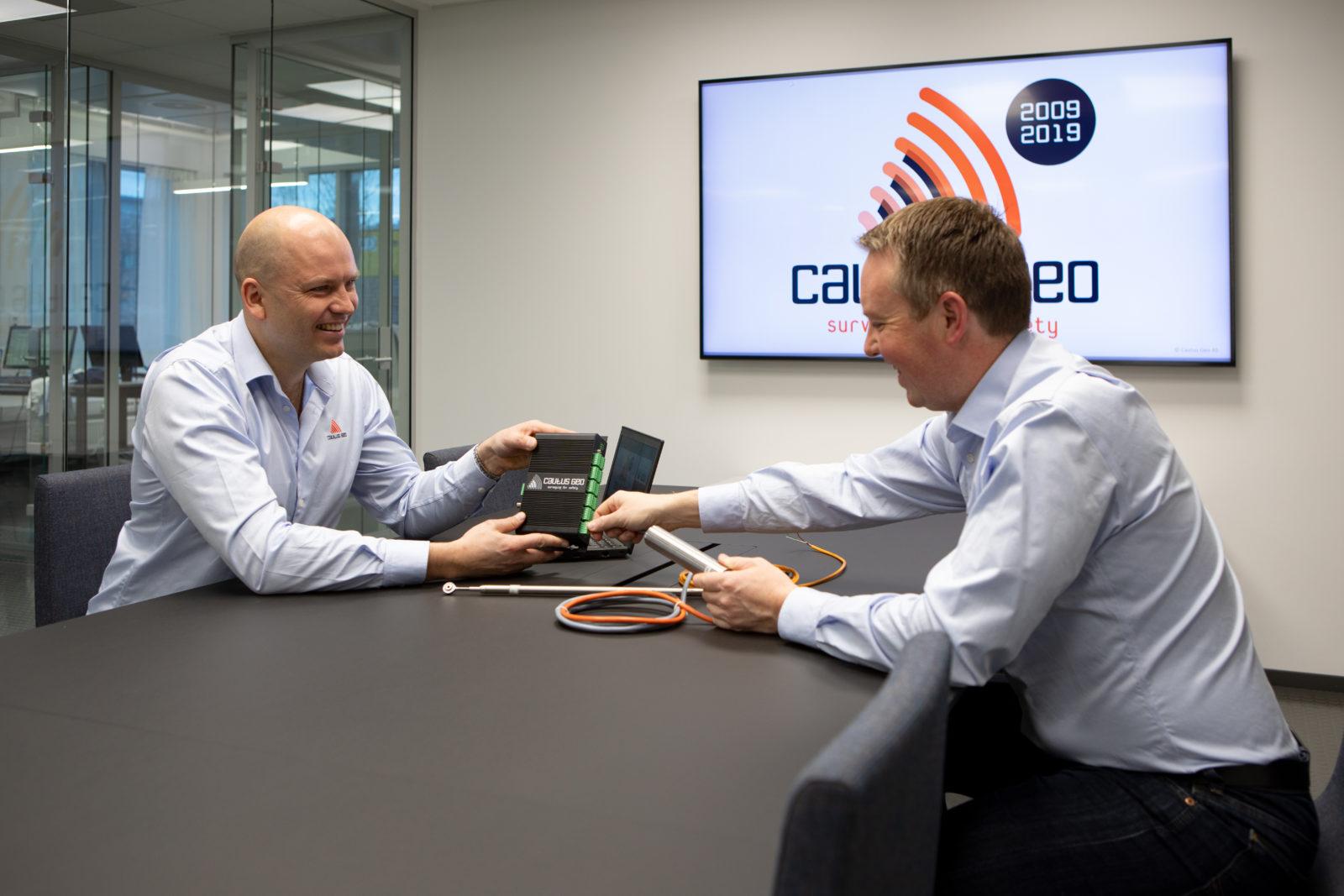 Atle Gerhardsen og Lars Krangnes etablerte Cautus Geo i 2009. I sommer har de sammen jobbet fram ISO-sertifiseringen.